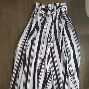 Black and White New York and Company Skirt NWT